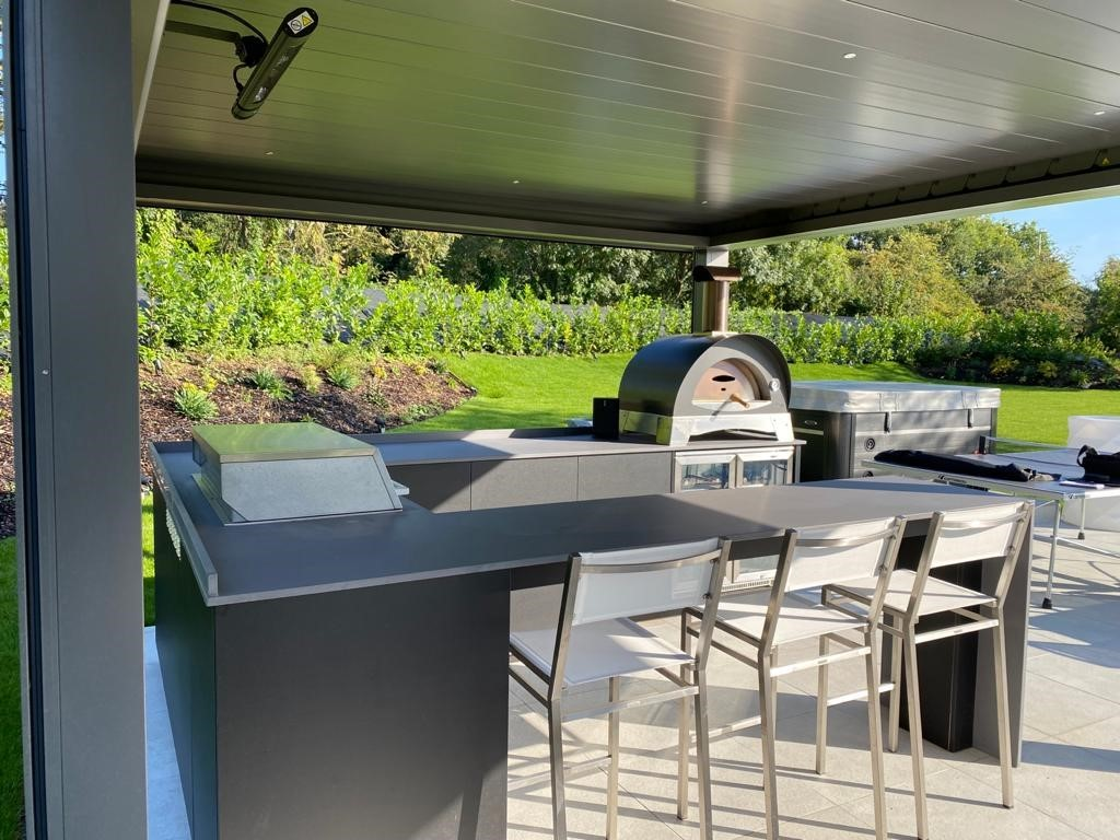 Kitchens-with-pegola-by-london-essex-outdoor-living