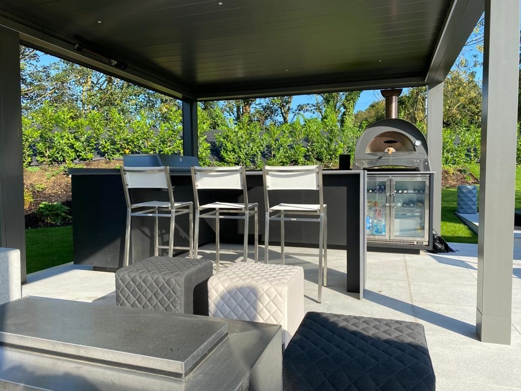 Outdoor-kitchen-project-leol