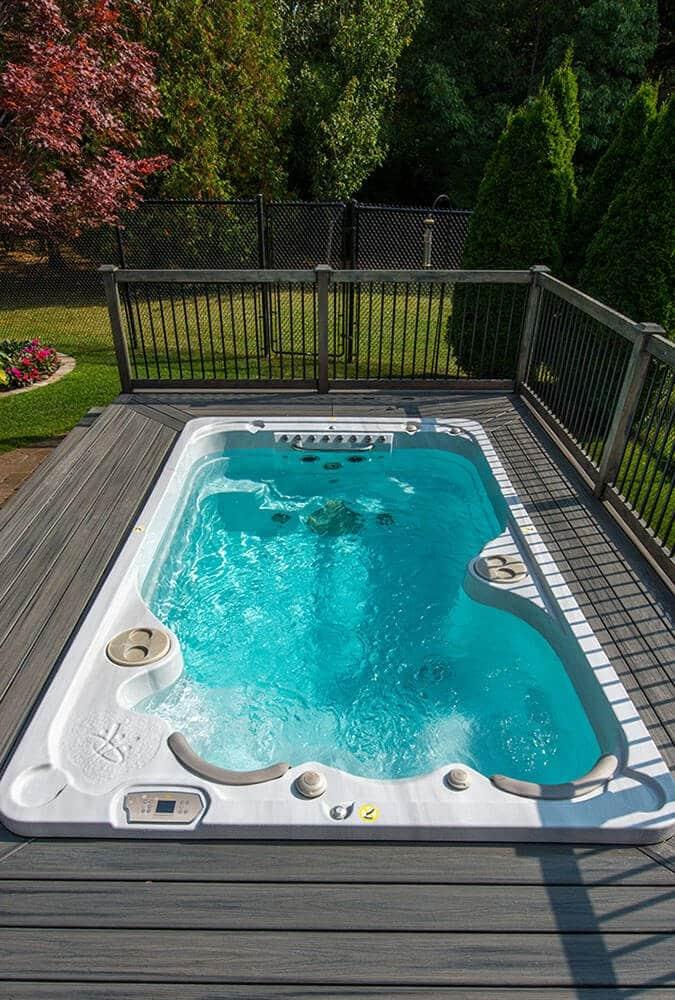 hot tub installation in garden